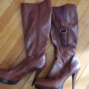 Guess brown high boots.